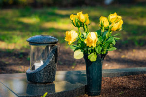Serviço de florista e marmorista